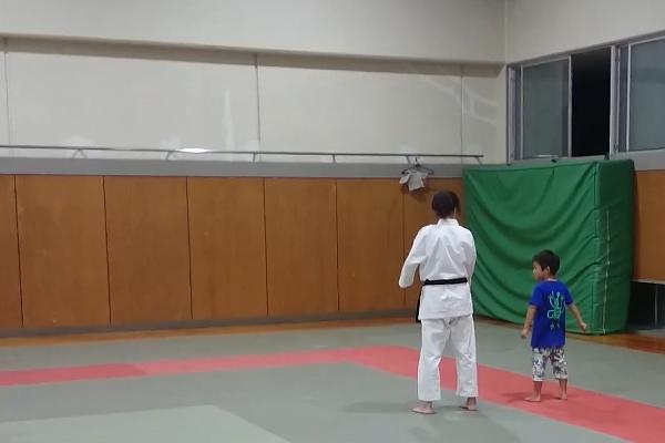 子供 習い事 空手 武道