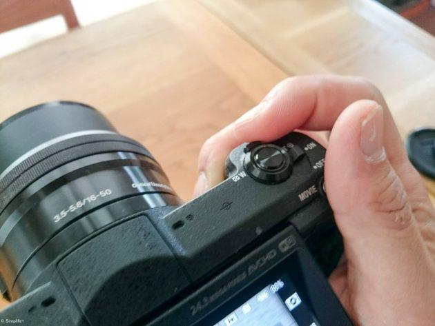 ミラーレス 一眼 カメラ α5100 ソニー