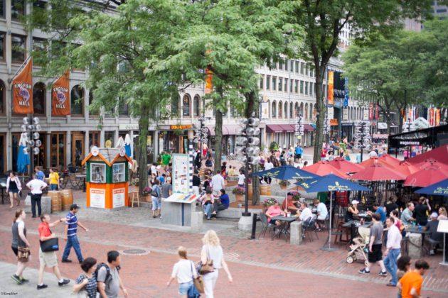 ボストン 観光 Boston Green Way Quincy Market