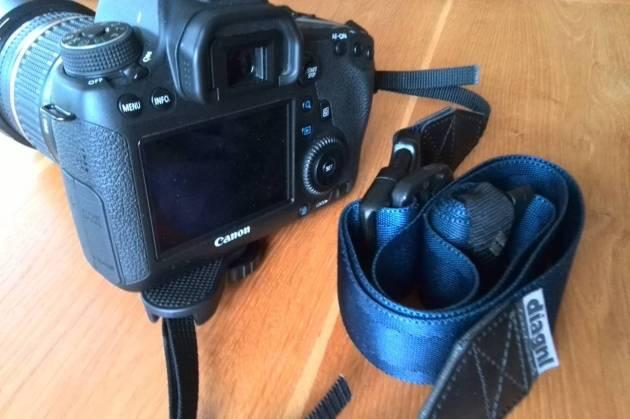 カメラストラップ 斜めがけ