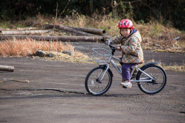自転車 6歳 18インチ ヘンシンバイク 12インチ クリスマスプレゼント