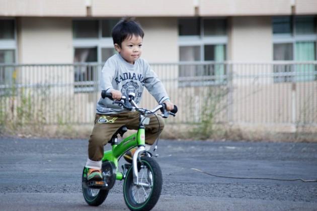 へんしんバイク 補助輪なし 自転車